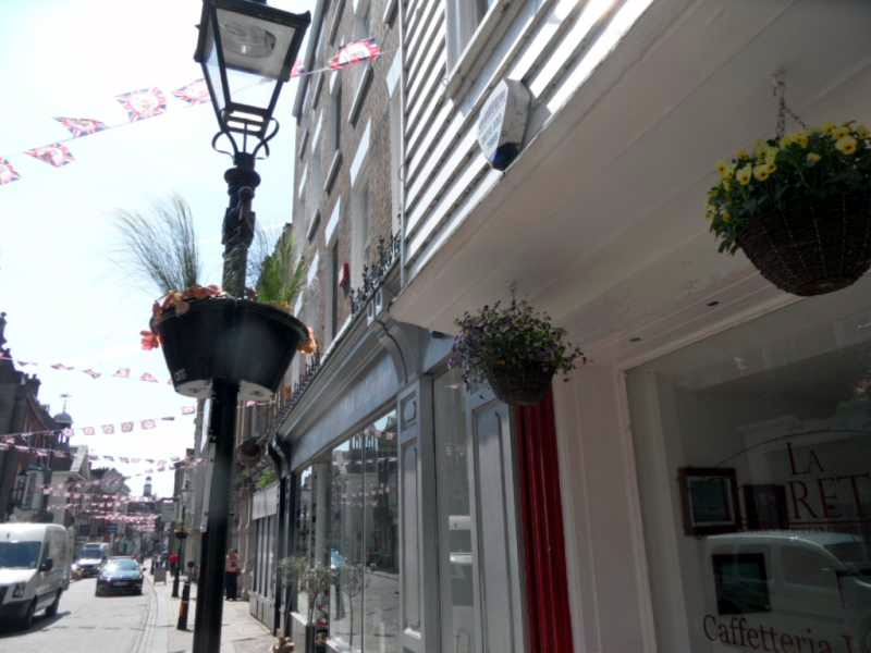 The blooming of Rochester High Street